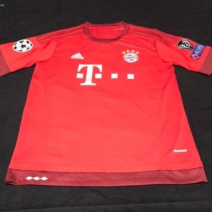 Bayern Munich lewandowski jersey